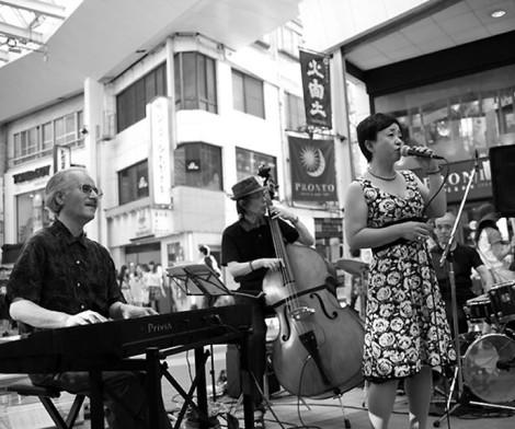 豊田隆博Trio with 藤本直子